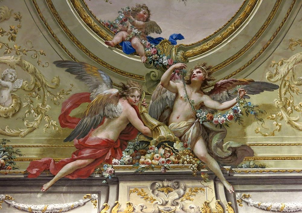 Antonio De Dominicis, part. di affresco dalla Sala della Primavera, Reggia di Caserta - Image source | ccby-sa2.0