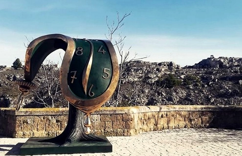 Salvador Dalì, Orologio molle, in mostra a Matera