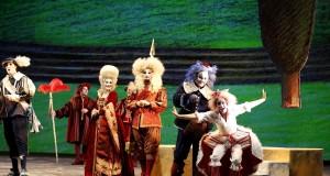 Al Petruzzelli torna in scena il Gatto con gli Stivali, la nuova opera fiabesca di Nicola Scardicchio
