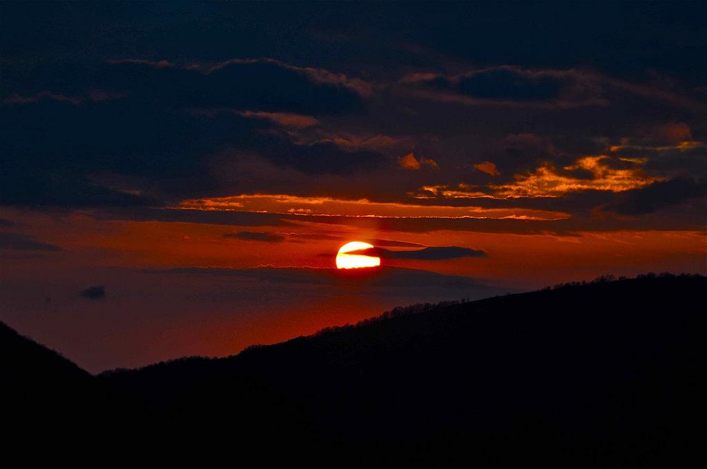 Tramonto sul Parco Nazionale del Pollino - Ph. © Stefano Contin