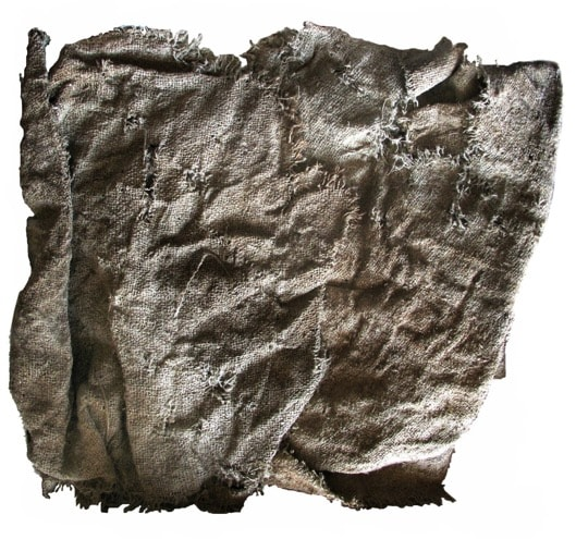 Frammento di tessuto in filato di asbesto (amianto), Museo Archeologico Nazionale, Napoli