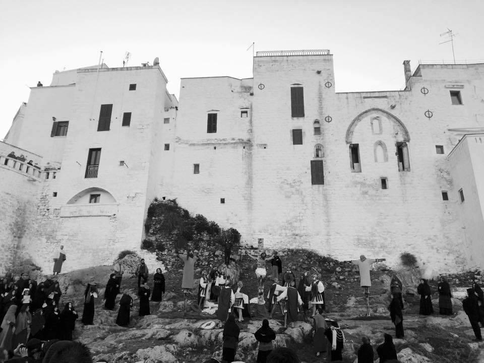 Una scena della Passione di Ostuni (Brindisi) in una delle scorse edizioni - Image by Passione, Ostuni