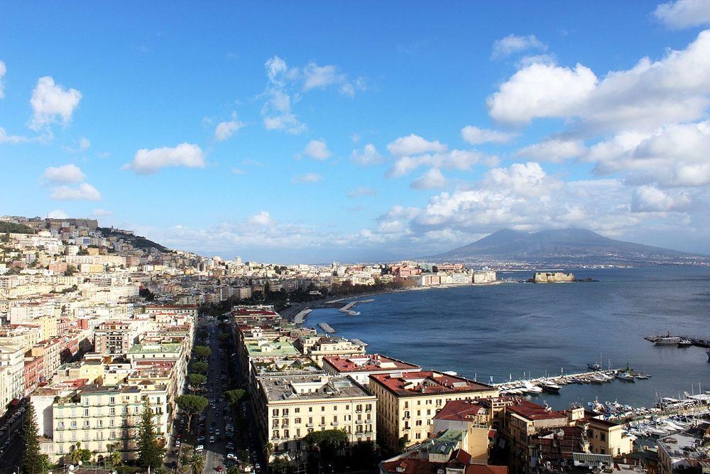 Veduta di Napoli da nord-ovest