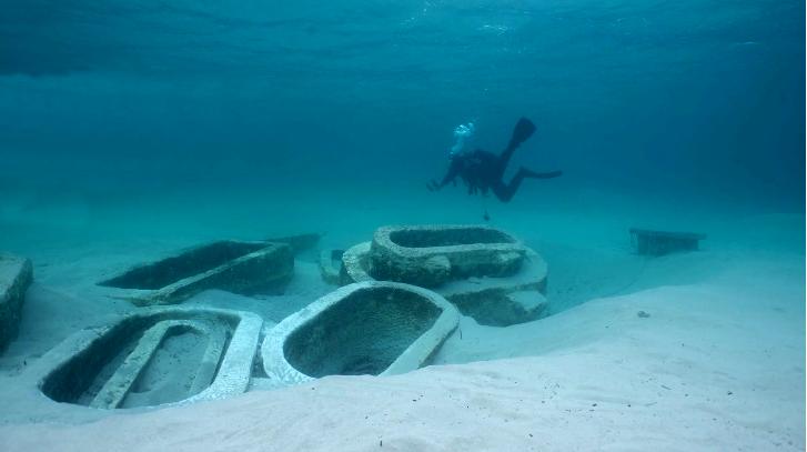 Uno scorcio dei sito archeologico subacqueo di S. Pietro in Bevagna (TA)