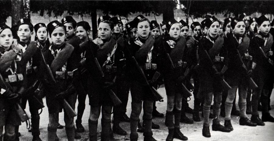 Ragazzi dell'Opera Nazionale Balilla, durante il Fascismo