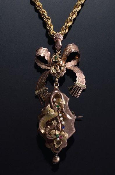 Collana con pendente in argento e pietre in pasta vitrea, inizi XX sec. | Collezione Spadafora