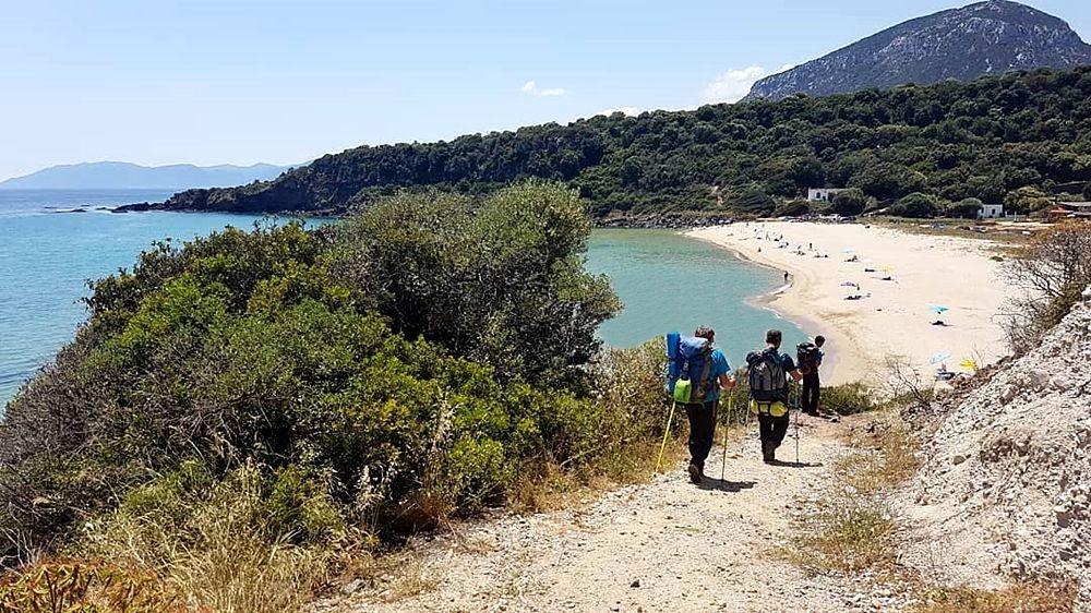 In cammino lungo la costa di Cala Gonone,  Dorgali (Nuoro)