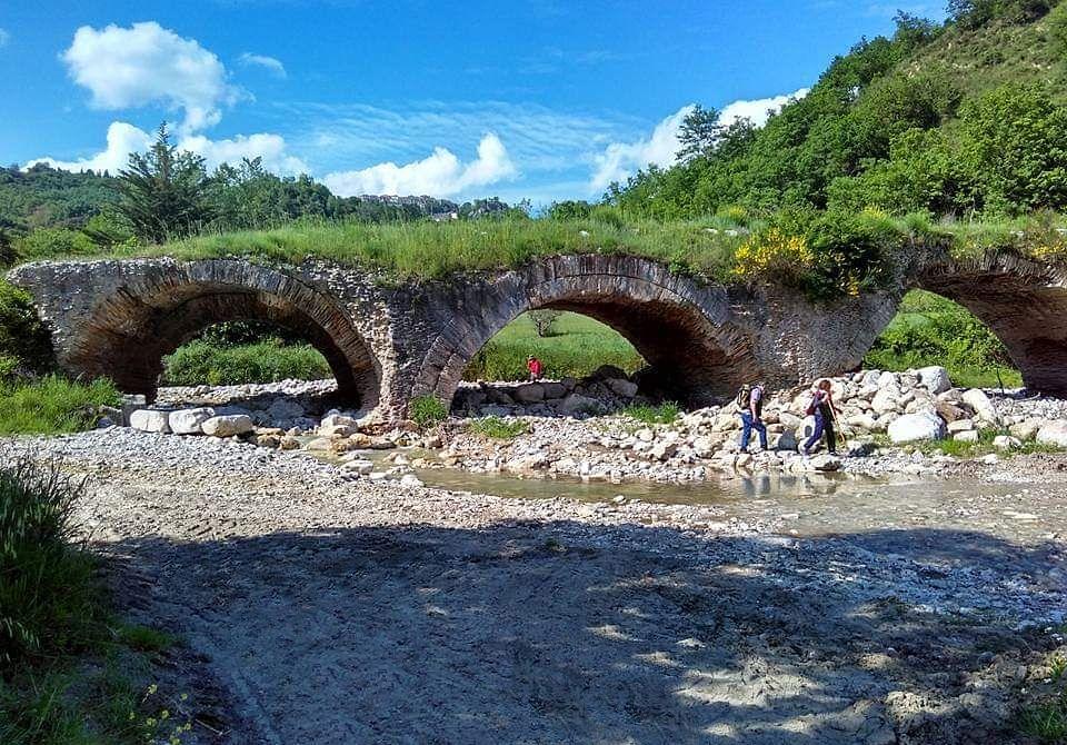 Scorcio del ponte romano delle Chianche, Buonalbergo (Benevento)