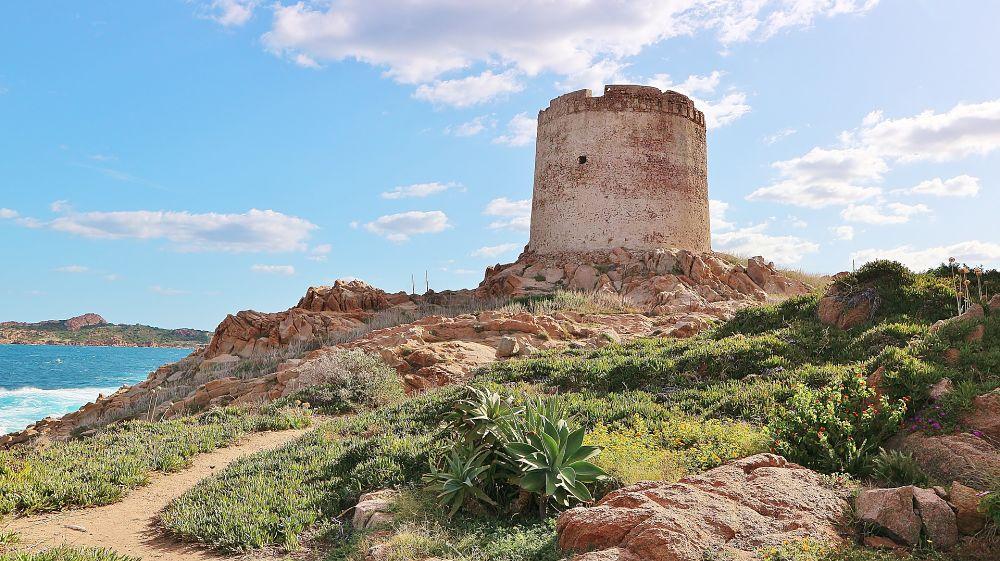 Torre aragonese di Isola Rossa, Trinità d'Agultu e Vignola (Sassari)