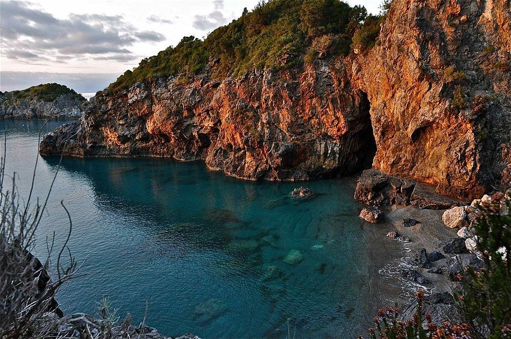 Arco e spiaggia di Enea, San Nicola Arcella (Cs) - Ph. © Stefano Contin