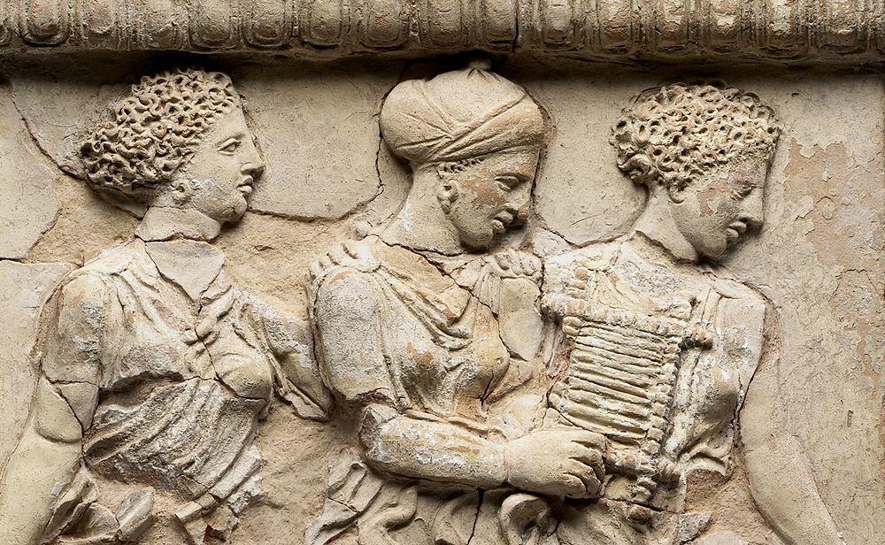 Particolare di altaremmagno-greco da Medma, V sec. a.C., Getty Museum, Los Angeles