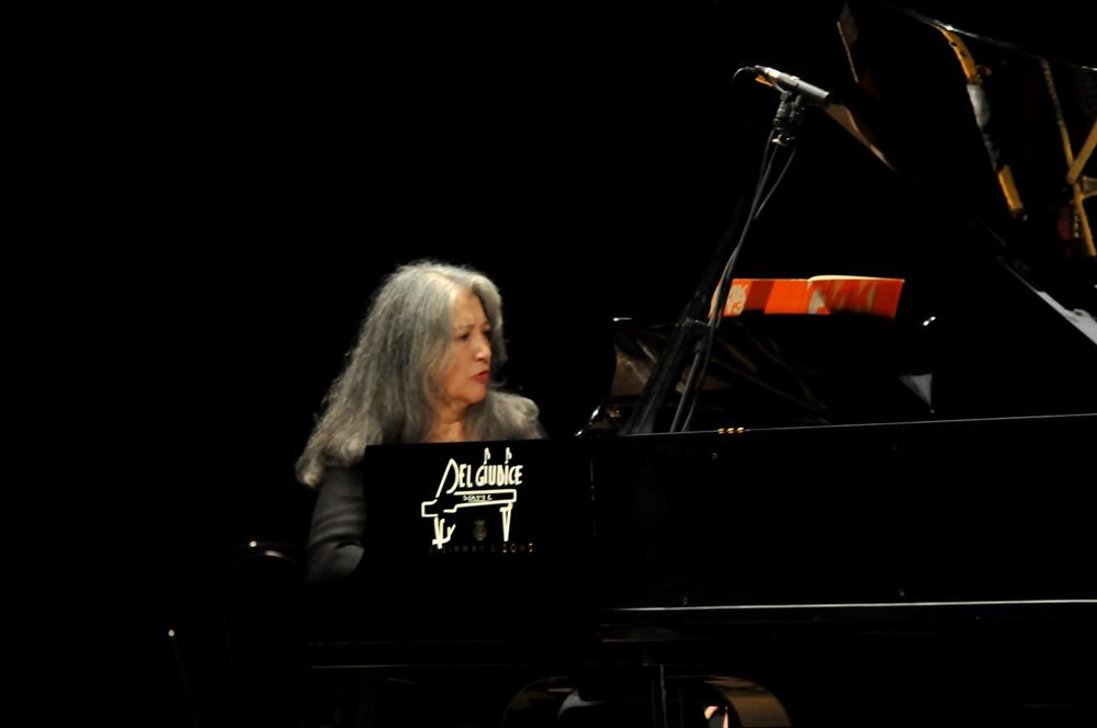 Marta Argerich in concerto a Taranto - © Archivio Storico Ass. 'Arcangelo Speranza'
