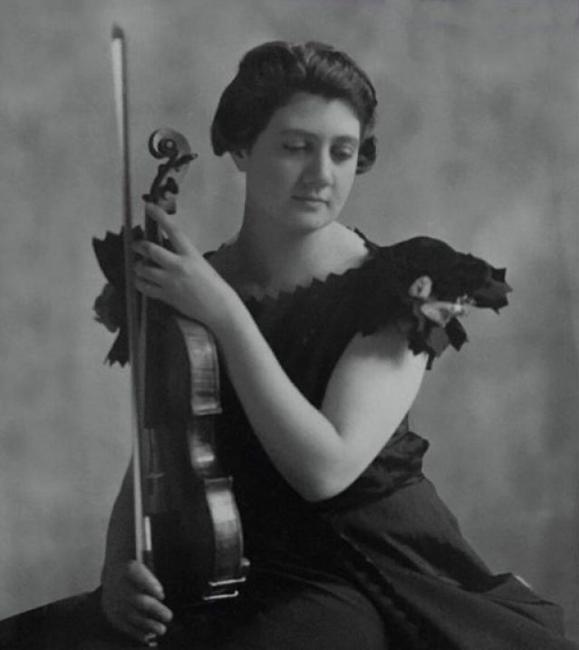 La violinista Gioconda De Vito