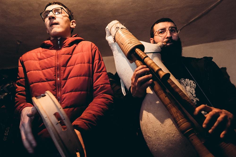 I musici iniziano il loro accompagnamento - Ph. © Pierluigi Ciambra