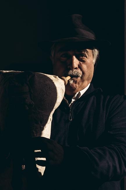 Suonatore di zampogna  - Ph. © Pierluigi Ciambra