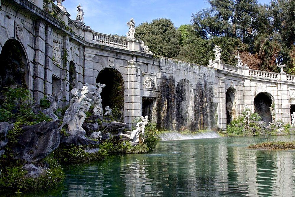 Scorcio della Fontana di Eolo, Reggia di Caserta, XVIII sec. - Image source