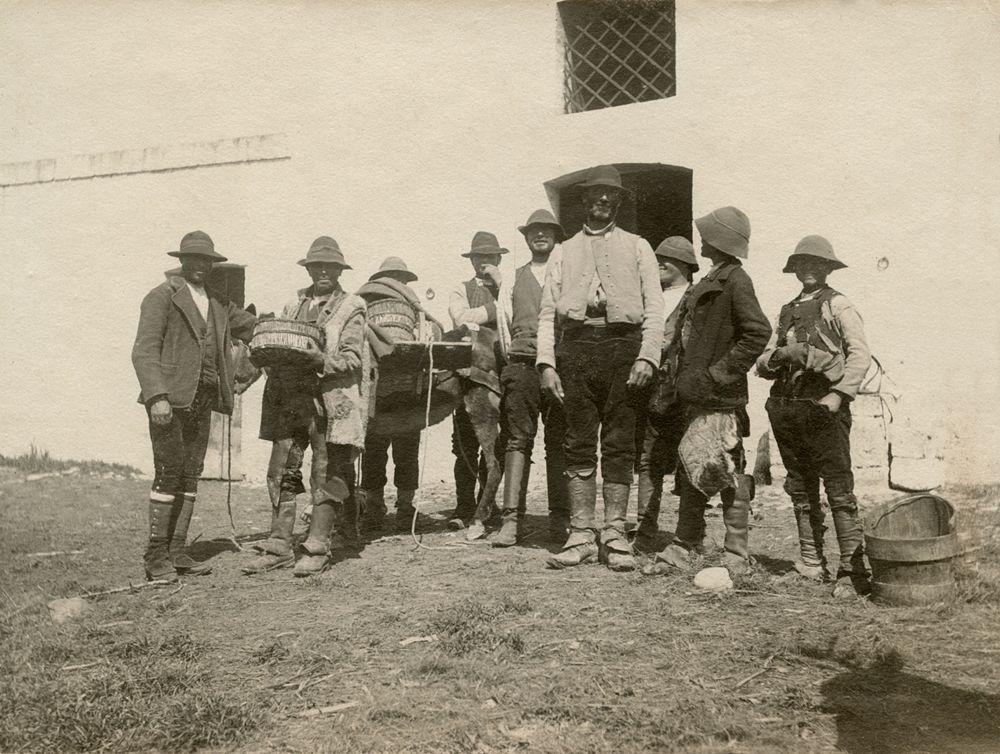 Laval Nugent, Gruppo di pastori, Lucania, XIX-XX secolo - Coll. Diciocia