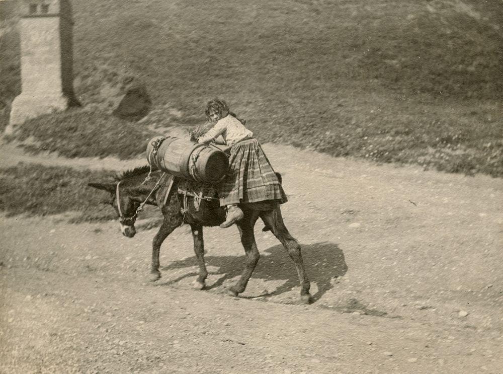 Laval Nugent, Bambina sull'asino, Lucania, XIX-XX secolo - Coll. Diciocia ©