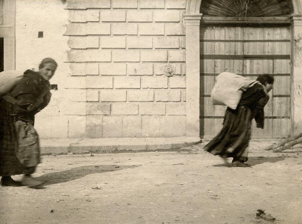 Laval Nugent, Contadine, Lucania, XIX-XX secolo - Coll. Diciocia