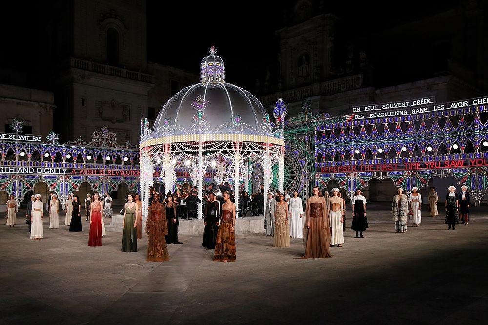 Finale della sfilata | © Alessandro Garofalo