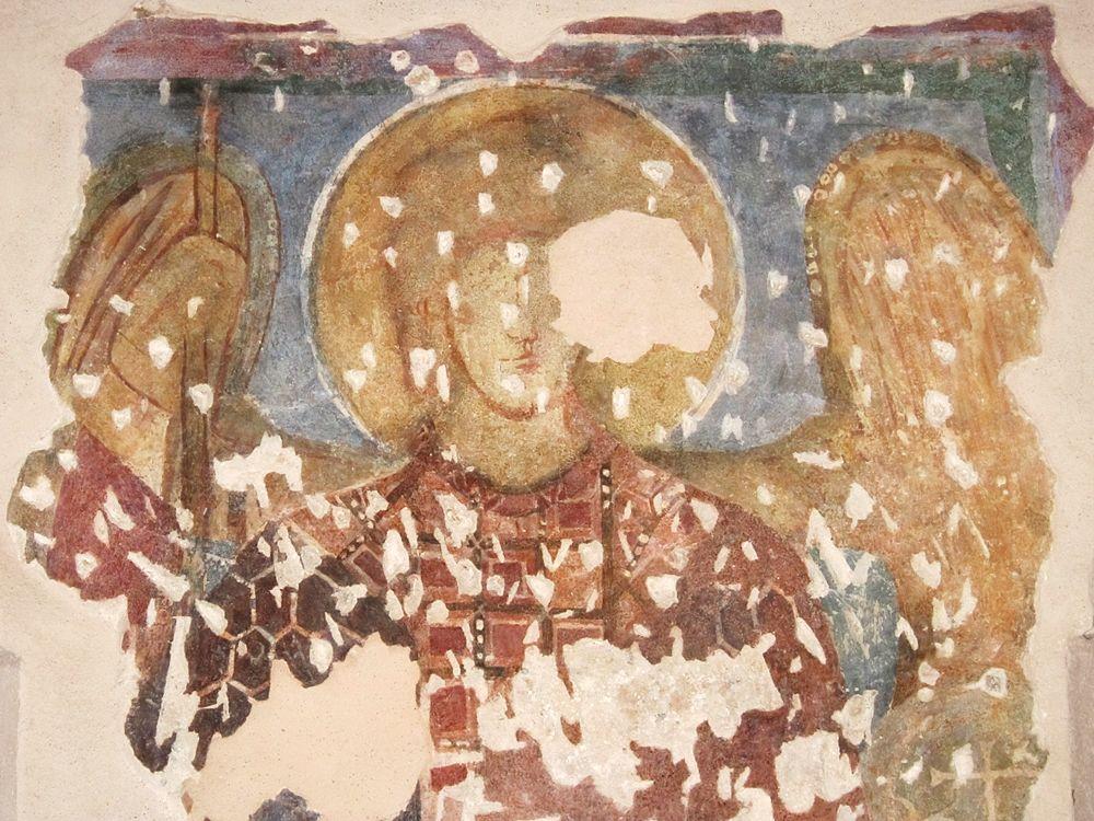 Affresco con S. Michele arcangelo, X-XI sec. - Ph. © Alessandro Romano