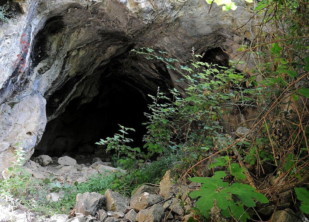 """la Grotta di Pietra Sant'Angelo - Ph. ©  Centro Regionale di Speleologia """"Enzo dei Medici"""""""