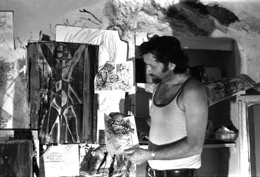 Nik Spatari durante i primi anni sulla collina di Mammola - Image by MuSaBa