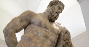 TESORI del Museo Archeologico Nazionale di Napoli: l'Ercole Farnese