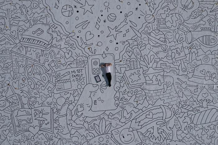 Francesco Caporale in arte FRA! con il suo Doodle Dream