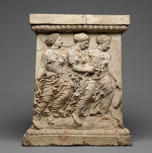 Altare da Medma (Rosarno - RC), terracotta, fine V-inizi IV sec. a.C. - Image by Getty Open Content Program