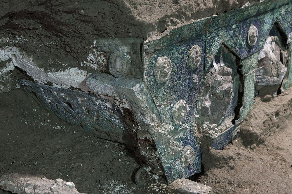 Particolare del carro cerimoniale, Pompei, I sec. d.C. - Ph. © Luigi Spina