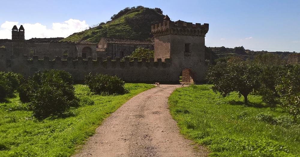 Il Castello di S. Mauro, a Corigliano-Rossano (Cs) - Ph.