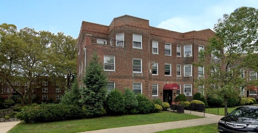 Rosario Candela, edificio al 141-21 di Union Turnpike, Regency Gardens (già Regency Park), 1939, New York
