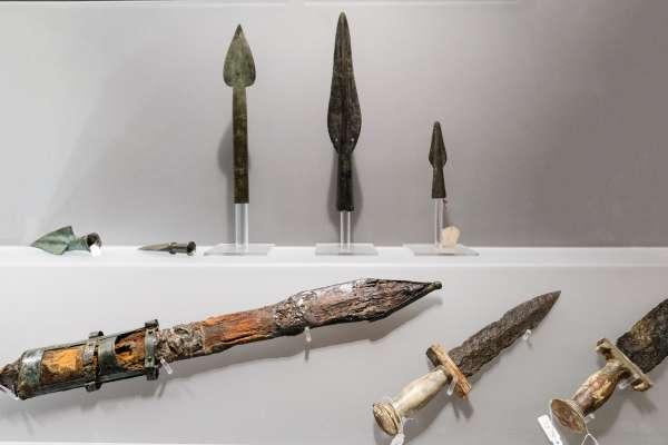 Armi gladiatorie, Museo Archeologico Nazionale, Napoli - Ph. Mario Laporta