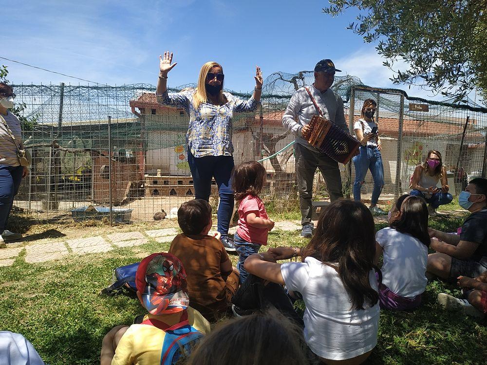 Laboratorio per bambini presso la Masseria didattica Fattoria