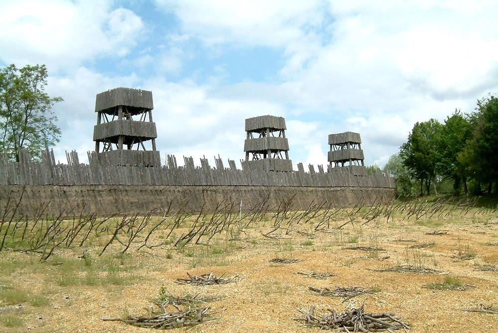 Ricostruzione di una fortificazione romana