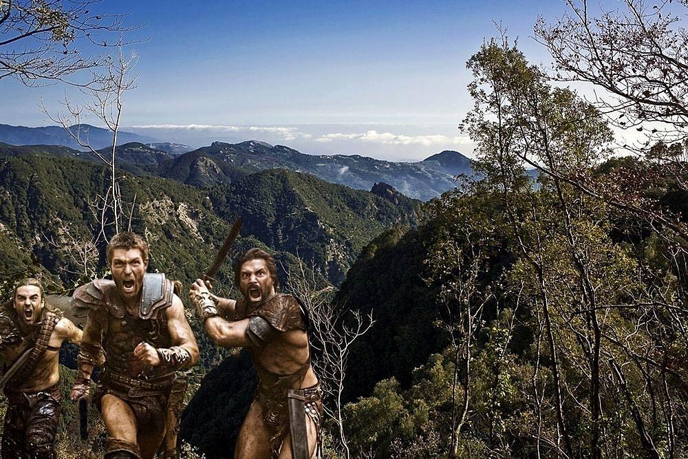 Scorcio dell'Aspromonte scenario di una delle più sanguinose battaglie tra i Romani e Spartaco. In primo piano alcuni dei protagonisti della serie TV Spartacus