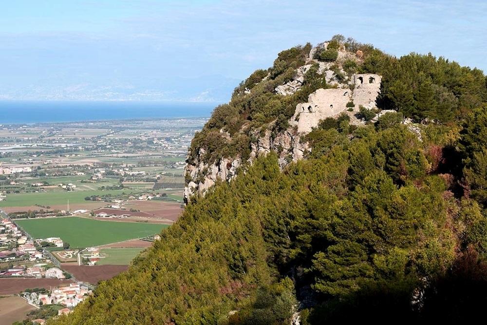 Scorcio di Monte Soprano, Capaccio (Salerno)