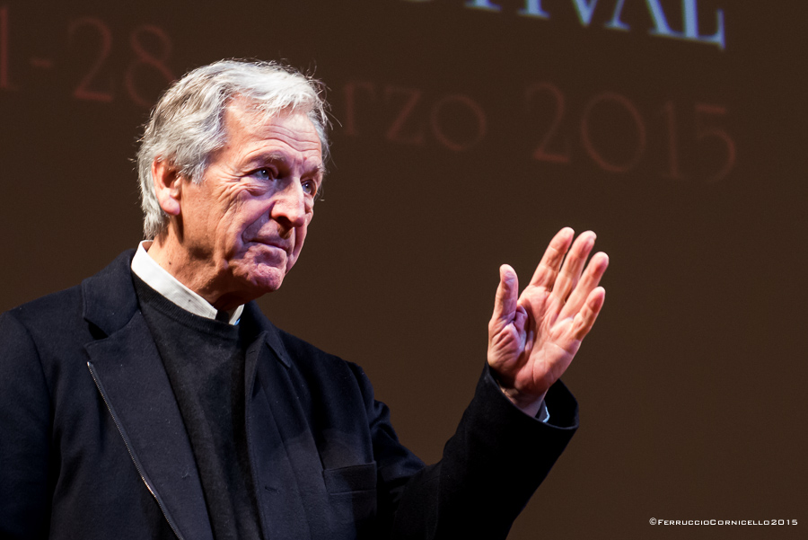 Puglia – Il regista greco-francese Costa-Gavras al Bif&st, Teatro Petruzzelli, Bari – Ph. © Ferruccio Cornicello | Photogallery a fondo pagina
