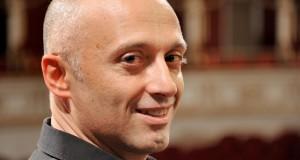 Al Petruzzelli risplende con Schumann il genio pianistico di Benedetto Lupo. Presentata anche un'ouverture di Matteo D'Amico