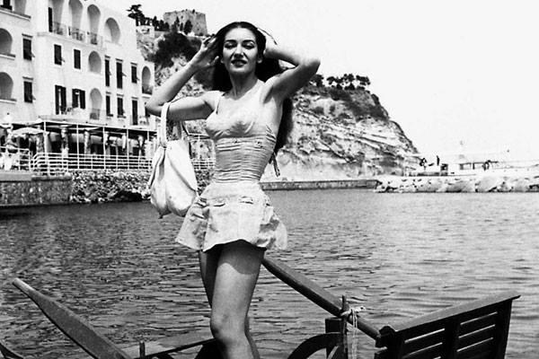 Maria Callas a Lacco Ameno, isola di Ischia nell'estate del 1957 - Ph. Antonio Ruggieri