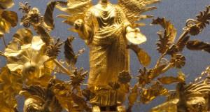 Ori e Bronzi della Magna Grecia | La Corona di Kritonios e il Satiro in ginocchio: due capolavori lucani a Monaco