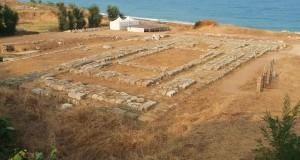 Un video mostra l'area archeologica di Kaulonia che rischia di rovinare in mare. Lo Stato tarda ad intervenire