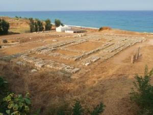 Tempio dorico di Kaulonia, a Monasterace (Reggio Calabria) – Ph. Marcuscalabresus | CCBY3.0