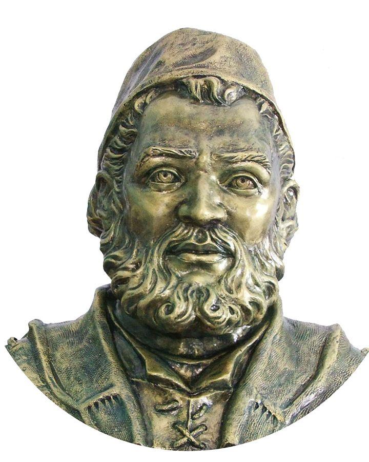 Busto dell'astronomo calabrese Luigi Lilio ealizzato dall'artista Giuseppe Capoano