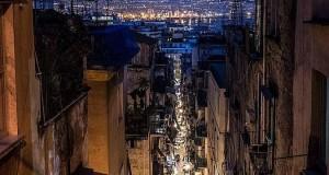 Svelato il 'mistero' della foto di Napoli che ha fatto il giro del mondo. Conversazione con l'autore