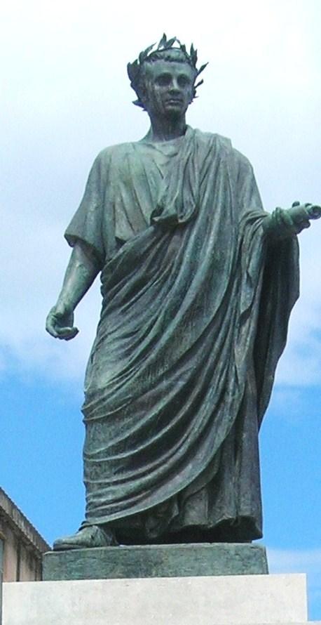 Statua_di_Orazio