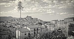 Racconta il tuo SUD | Basilicata: Maggio di Accettura, fotogrammi di un rito millenario, immagini, testo e video di Sandro Sansone