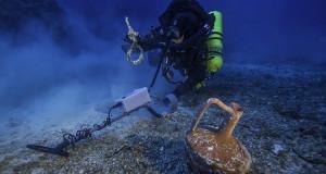 """Nuove scoperte in Grecia sul """"Titanic"""" del mondo antico. L'archeologo Foley: «E' il più grande naufragio dell'antichità mai scoperto prima»"""