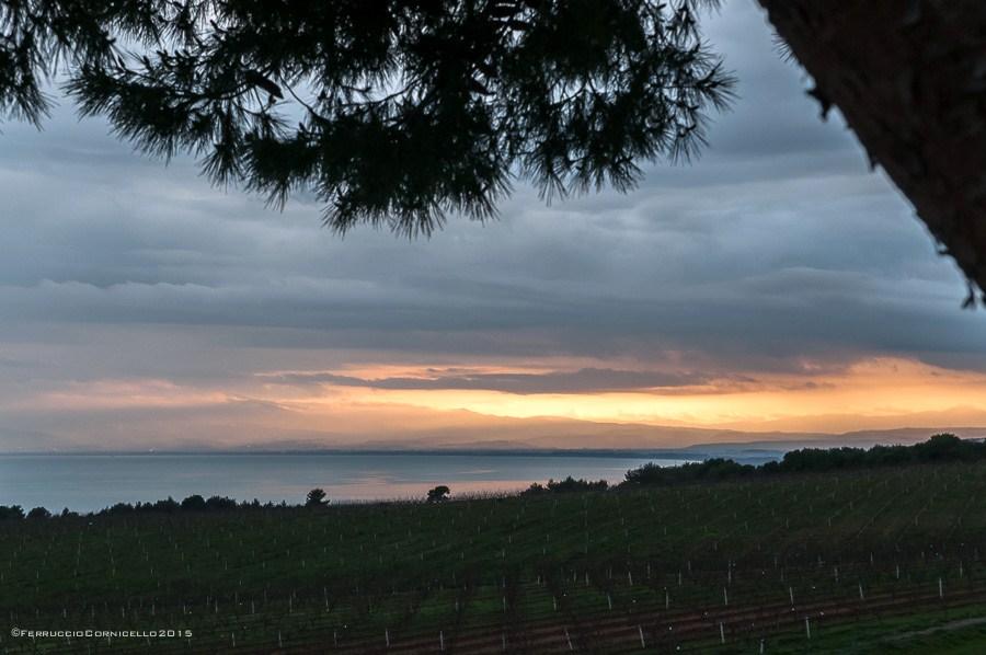 Calabria - Tramonto sul Golfo di Corigliano visto da Torre di Albidona (Cosenza) - Ph. © Ferruccio Cornicello